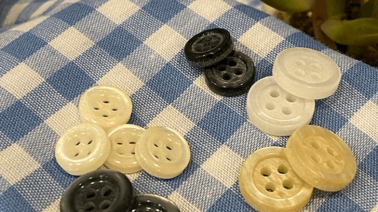 Recycled Polyester Shirting Buttons